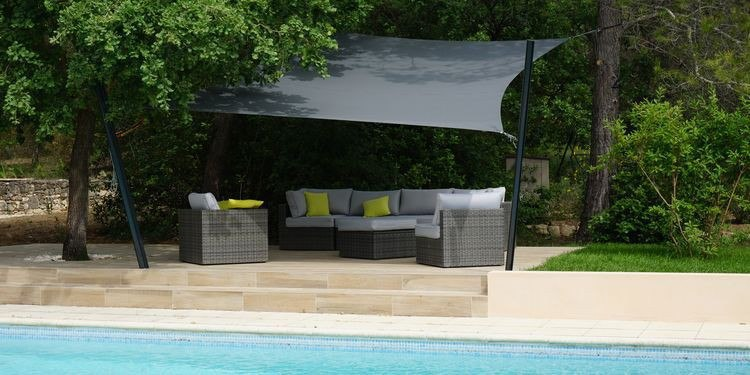 comment apporter de l ombre sur sa terrasse. Black Bedroom Furniture Sets. Home Design Ideas