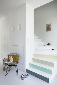 escalier couleur pastel